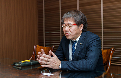 弁護士 杉本徳生